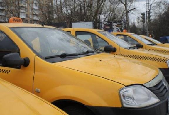 Уснувшая в такси пьяная москвичка проснулась от изнасилования водителем