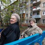 Больше всех реновацией недовольны школьники и пенсионеры