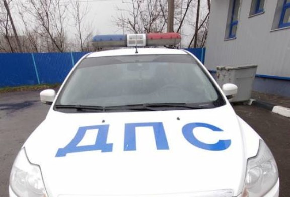 На Урале водитель сбил женщину с коляской и избил ее