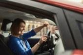 Поющие рули: почему за рулем Ford обязательно нужно горланить песни?