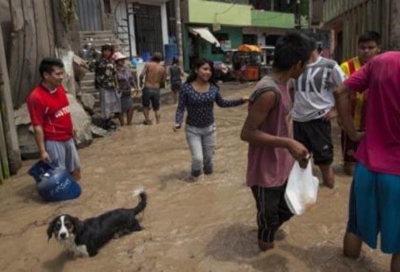 В Бразилии наводнения унесли жизни семи человек, десятки тысяч эвакуированы