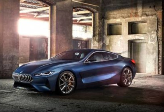 «Восьмёрка» BMW порадовала оригинальностью