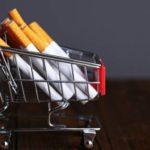 Онищенко призвал законодательно урегулировать продажу сигарет в интернете