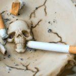Преждевременная смерть из-за курения грозит 12 млн россиян, заявили в ВОЗ