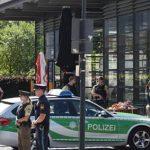 Полиция не считает стрельбу в Мюнхене терактом, сообщили СМИ