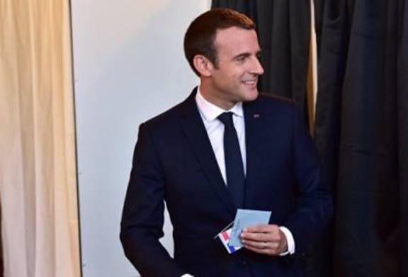 Движение Макрона получает 192 из 577 мандатов на выборах во Франции