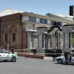 Жертвами атак террористов в Тегеране стали 12 человек