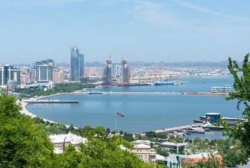 В Азербайджане предложили запретить лесть