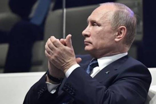 Путин объяснил, почему россияне не видят работу муниципалитетов