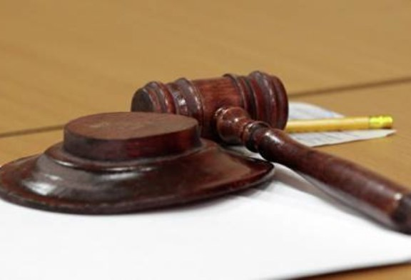 В Югре участковый, обстрелявший мужчину из травмата, пойдет под суд
