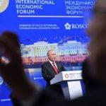 Путин: уход главы штаба Клинтон доказывает манипуляции на выборах в США