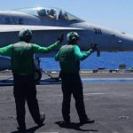 Неисправность кислородной системы в самолетах F-18 привела к смерти пилотов