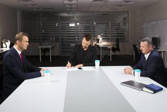 «Взял свою трехлинеечку»: кто выиграл в дебатах Стрелкова и Навального