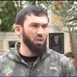 СМИ: в Дагестане закидали камнями спикера парламента Чечни