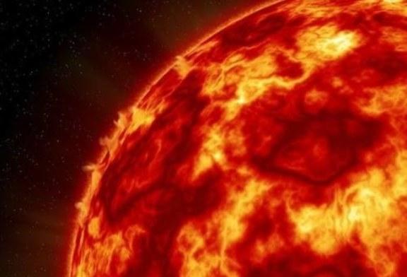 Астрофизики выяснили, что будет, если попытаться потушить Солнце водой