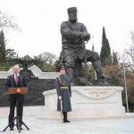 Я так вижу: автор памятника Александру III ответил критикам
