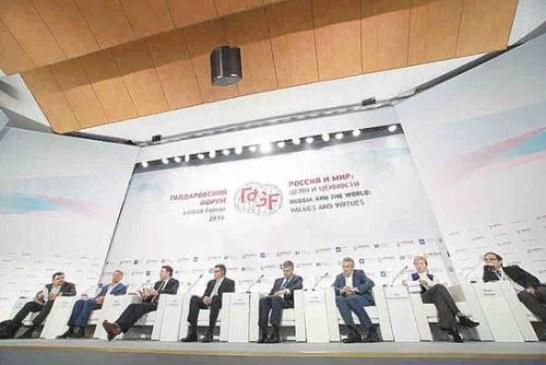 О чем молчит власть: Медведев и его министры избегают обсуждения острых проблем