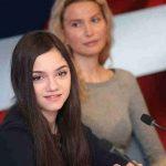 «Оставьте меня в покое»: фигуристка Медведева прокомментировала свой уход