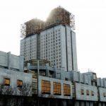 На российскую науку уронили метеорит: конфликт между ФАНО и РАН продолжается
