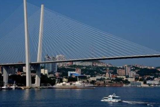 Задержанная в КНДР российская яхта должна прибыть в Приморье в понедельник