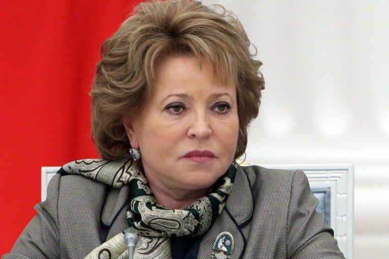 Матвиенко настаивает на запрете продажи крепких алкогольных напитков в культурных учреждениях